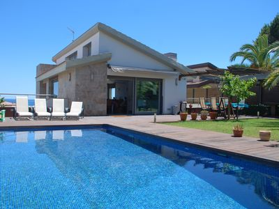Photo for New modern house, large private pool and sea views, a prestigious place