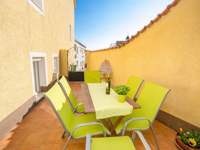 Photo for Holiday apartment with terrace in the Old Town, 400 m to the beach