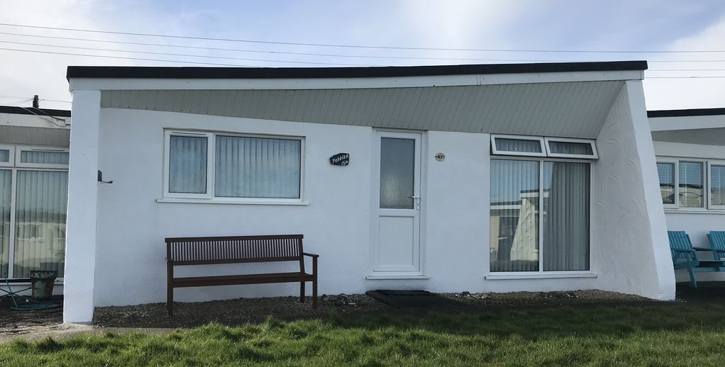 2 Bedroom Holiday Chalet : No.67 Pebbles 2 Bed Holiday Chalet ...