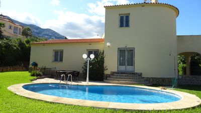 Photo for Beautiful holiday villa with private pool, garden, air conditioning, Wi-Fi and barbecue