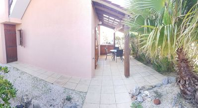 Photo for GRUISSAN LES AYGUADES : 3-room villa with pool in the residence
