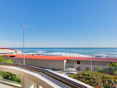 Photo for Sea View Kingsgate Apartment on the Promenade
