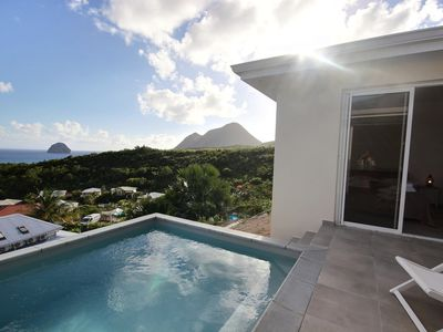 Photo for Luxury villa, 3 air conditioned bedrooms, with pool and rooftop facing the sea