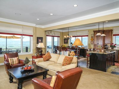 Awesome Views! GREAT SNOW SKIING! 7 bd/5 ba/Gamerm/Playrm/Walk-out basement
