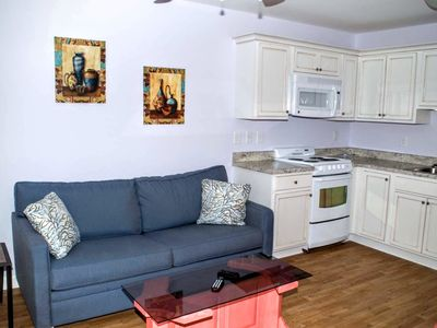 Photo for Oceanside, one bedroom efficiency w/beach access and pool!