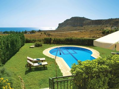 Photo for Countryside villa, spacious bedrooms, stunning sea views, A/C & Wi-Fi