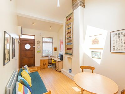 Photo for 2 Bedroom City Cottage In Pheonix Park