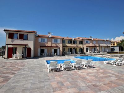 Photo for Modern resort with pool near Porec
