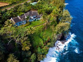 Photo for 7BR House Vacation Rental in Honomu, Hawaii