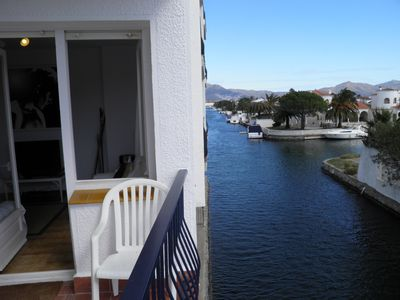 Photo for Blue Canal Apartment - Ampuriabrava