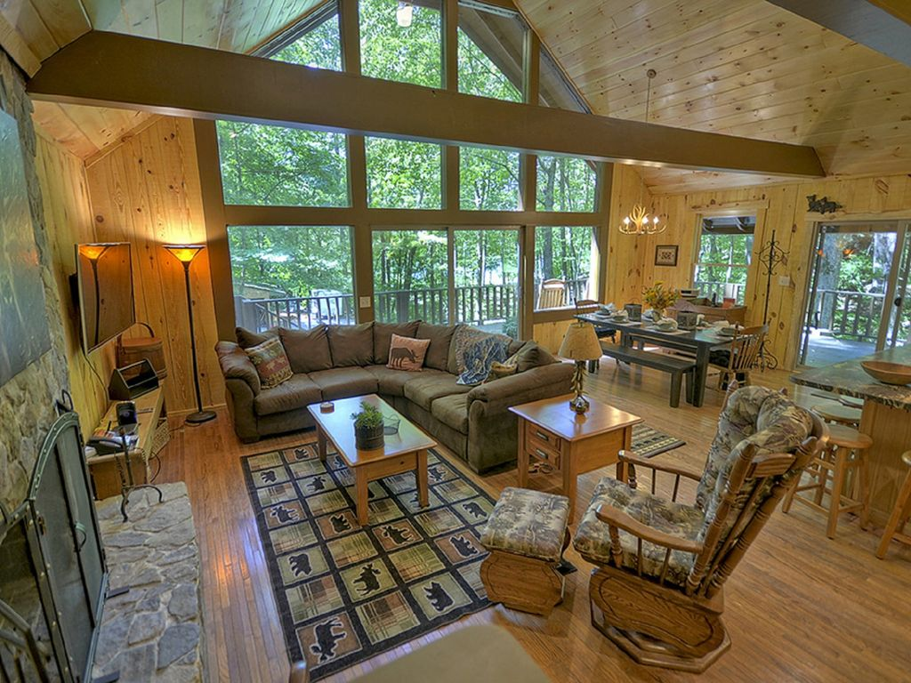 Gorgeous Cabin With Lake View Hot Tub Pool Table And