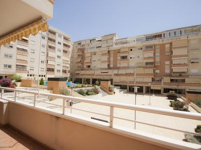 Photo for Spacious apartment in Torre Atalaya