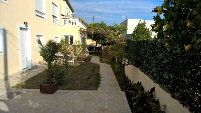 Photo for In beautiful villa, 2 rooms with garden 100m from the seaside with wi-fi