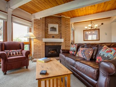 Photo for Inviting Home Close to the Mountain Activities/Biking and Hiking; HT/Pool/Grills