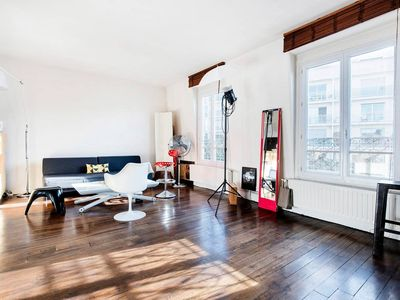 Photo for Stunning 1-bedroom flat in the heart of Montmartre