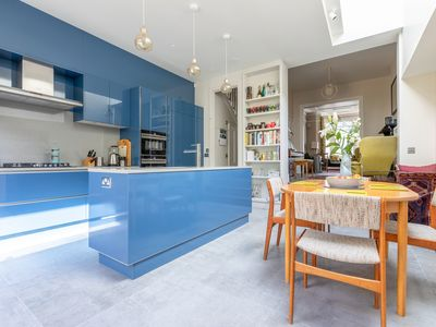 Photo for Vibrant 4BR house in Newington, short journey from Shoreditch, by Veeve