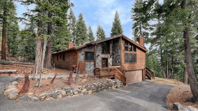 Photo for A tranquil mountain view with easy access to Tahoe's top activities & amenities