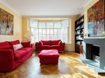 Photo for Stunning 6 bedroom house in family friendly Clapham, Sleeps 15 (Veeve)