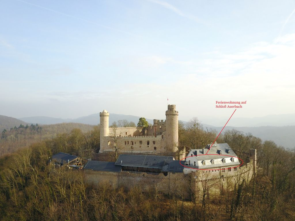 Living on a knight's castle - Bensheim
