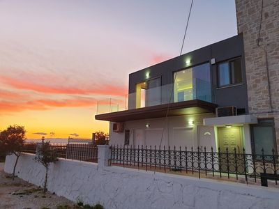 Photo for Luxury 3-bedroom Private House in Tersanas