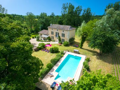 Photo for 5 bedroom Villa, sleeps 8 in Bearnès with Pool and WiFi