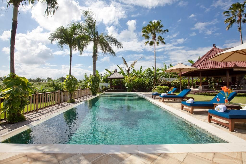 The JOO 5 BR Rice Field Villa Canggu
