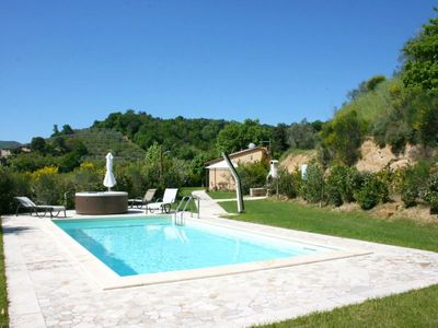 Photo for One bedroom Villa, sleeps 3 in La Pievaccia with Pool, Air Con and WiFi
