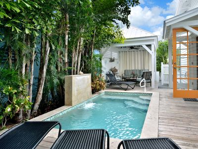 ~ Chick-A-Pea Cottage ~ Breathtaking Home w/ Pool & Parking, 1 Block to Duval
