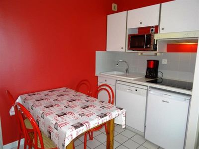 Photo for At 15 kms from La Rochelle, Chatelaillon beach, place Jean Moulin, Principality casino, the residence Biarritz