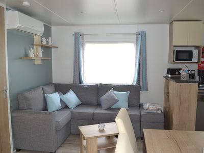 Photo for Mobil home 2018 Any comfort Air-conditioned 6/8 people of 40 m2 with terrace