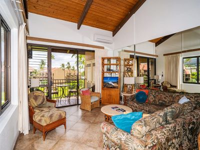 Photo for Families Love the Space+View! Open Kitchen, Washer/Dryer, WiFi–Kamaole Sands 2402