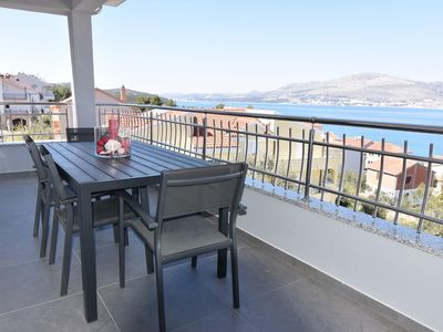 Photo for Two bedroom apartment with terrace and sea view Okrug Gornji, ÄŒiovo (A-16935-b)