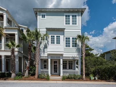 Photo for 5 Bedroom home with 2 Masters, steps from the biggest pool on 30A
