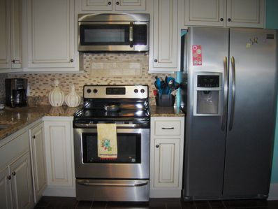 Brand new remodel entire home.  Everything you need in the kitchen!