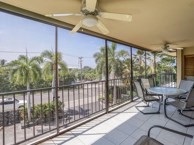 Photo for Villa w/ Private Lanai, Shared Pool Area, In Unit Washer/Dryer