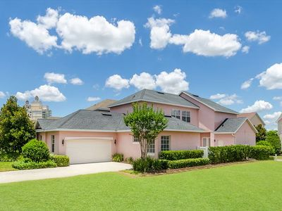 Photo for Fantastic Luxury, 4 bedrooms, 3.5 bath Pool and Spa home.