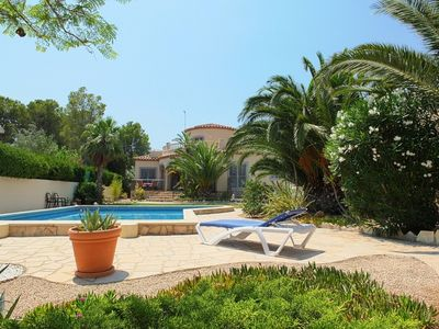 Photo for Fabulous luxury villa, air-conditioning, private pool, lovely garden, FREE WIFI