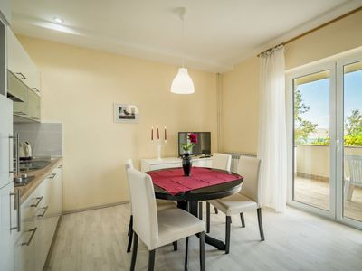 Photo for Apartment Marija in Pag/Dinjiška - 4 persons, 1 bedrooms