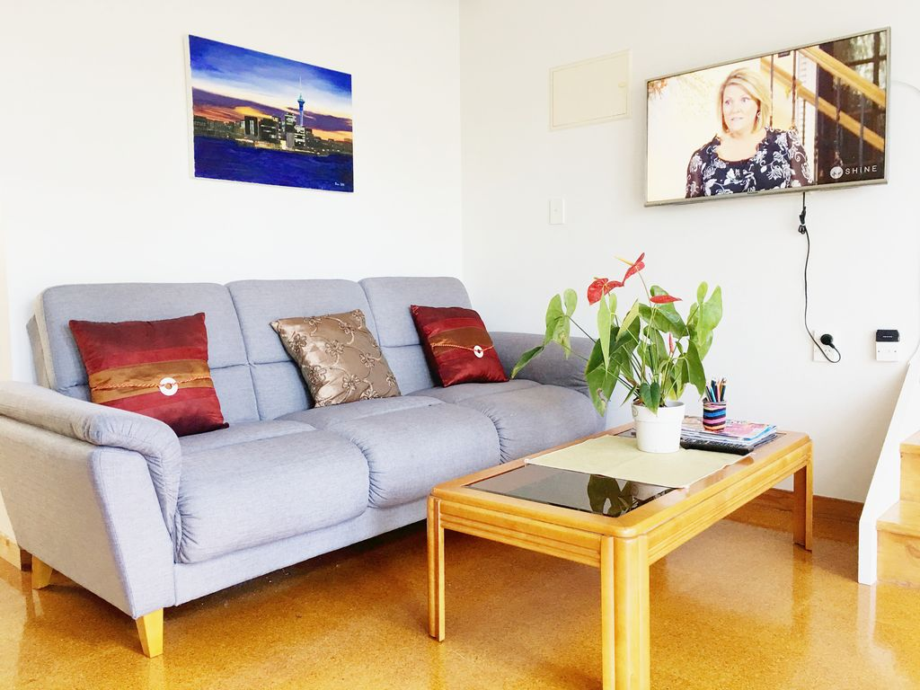 Comfortable Auckland Home Auckland North Island Rentals And Resorts