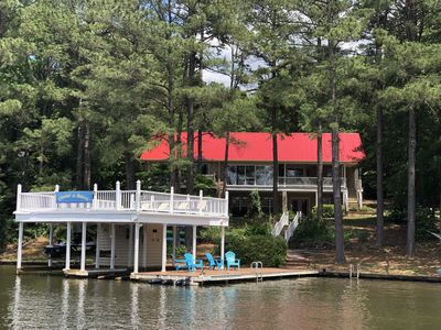 """""""Floatin & Boatin"""" located on a Private Point Lot with 203' of Water frontage!"""
