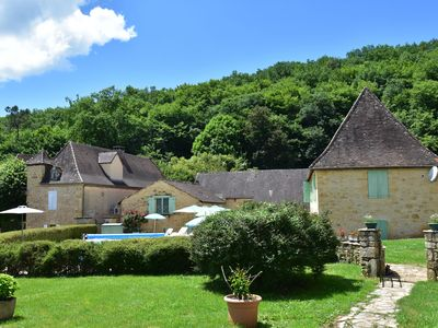 Photo for Rural holiday home close to Sarlat-la-Canéda (8 km) and other lovely villages