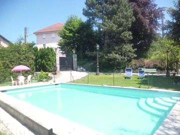 Quiet apartment, pool CenterVille Pontarlier, near Hospital