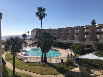 Photo for Seabean Vacation Getaway with Pool and Gulf Views