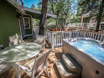 Photo for House in Big Bear with Parking, Internet, Washing machine, Balcony (983525)