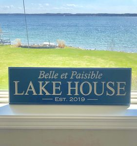 Photo for Belle et Paisible is the feeling we get in this beautiful lakefront property