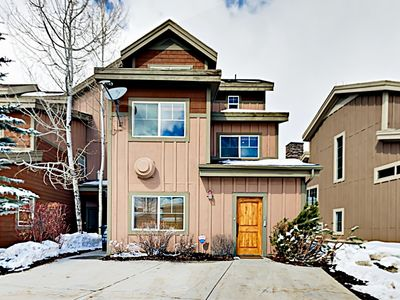 """Photo for """"Big Bobsled"""" Townhouse w/ Private Hot Tub & Pool Table -- Minutes to Skiing!"""