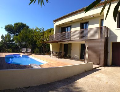 Photo for Beautiful modern villa 4 minutes from Avignon