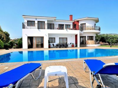 Photo for Surrounded by pomegranate trees, citrus groves and banana plantations, Villa Pikni is a charming 5-b