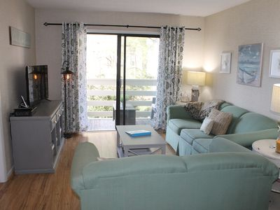Photo for *Recently remodeled, 3 blocks from beach!*Discounts for winter & longer stays!