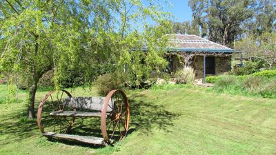 Photo for Hollow Log Stoney - Pet-friendly studio close to Daylesford